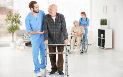 Jobs in der Pflege am Limit – Muss das sein?